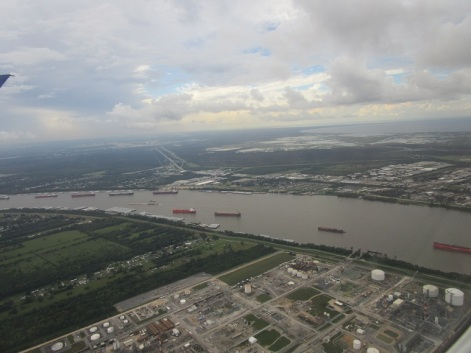 1-ships-on-the-mississippi